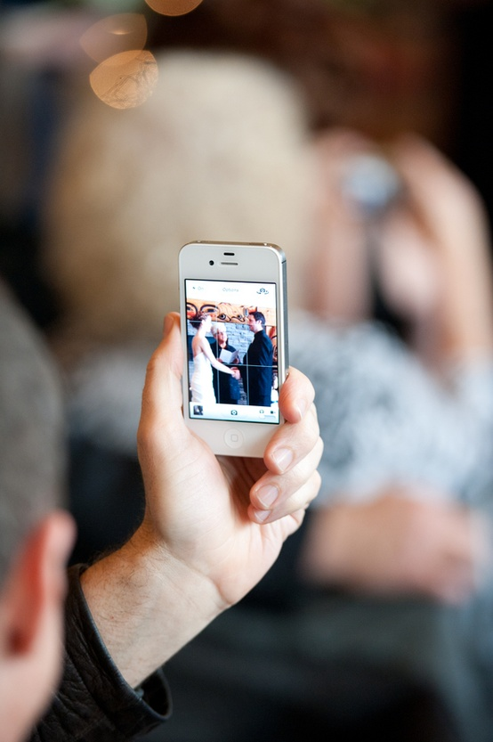Weddinghappy the 10 commandments of iphone wedding etiquette weddings have come so far in the last couple of years from iphones to wedding websites to countless wedding blogs technology has played a huge role in junglespirit Choice Image